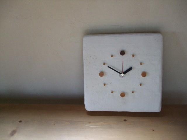 木の時計(珪藻土)